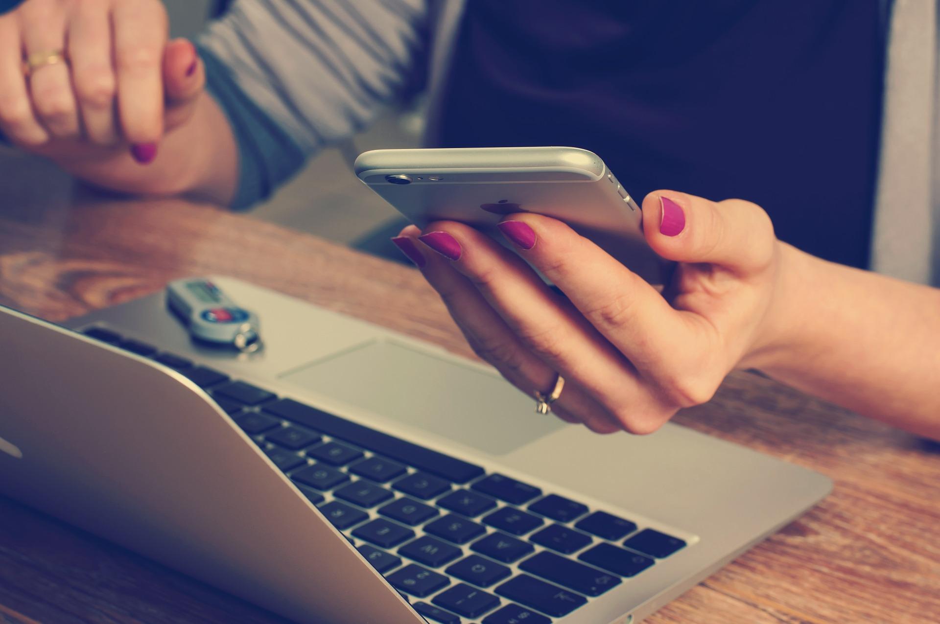 Cybersicherheit: Frauen achten mehr auf ihre persönlichen Daten
