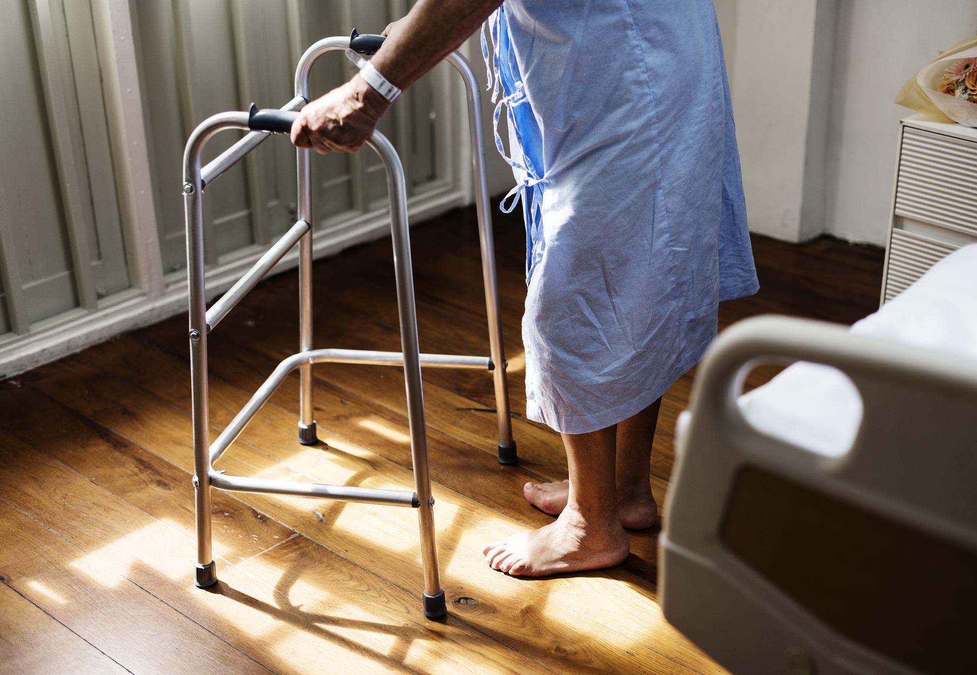 Pflege zu Hause: Welche Leistungen pflegenden Angehörigen zustehen