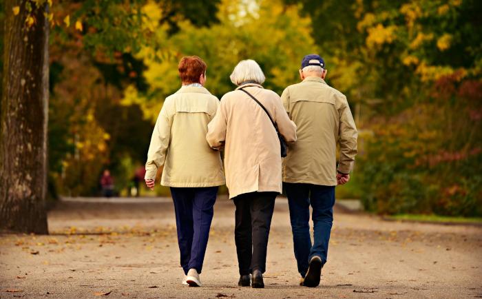 Zum Tag der älteren Menschen am 1. Oktober: Experten warnen vor zunehmender Altersarmut