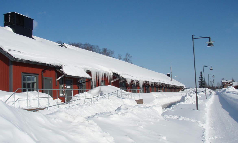 Wintereinbruch: Wenn Schnee das Dach zum Einsturz bringt
