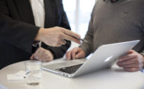 Verkaufen statt kündigen: Lohnt sich der Verkauf einer Lebensversicherung?