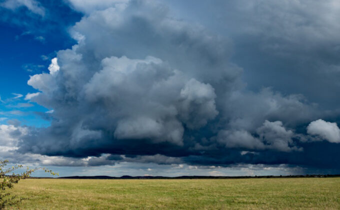 Immer mehr Unwetter in Deutschland: Wann zahlt die Versicherung bei Sturmschäden?